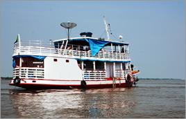 Aulas no barco-escola acontecem no rio Solimôes (AM) - Raylton Alves / Banco de Imagens ANA