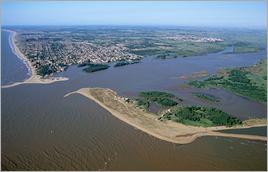 Rio Paraíba do Sul (RJ) - Zig Koch / Banco de Imagens ANA